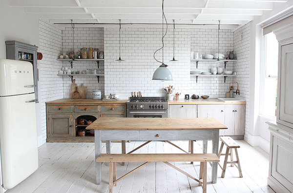 White subway tiles with grey grout inspiration | Hello Victoria