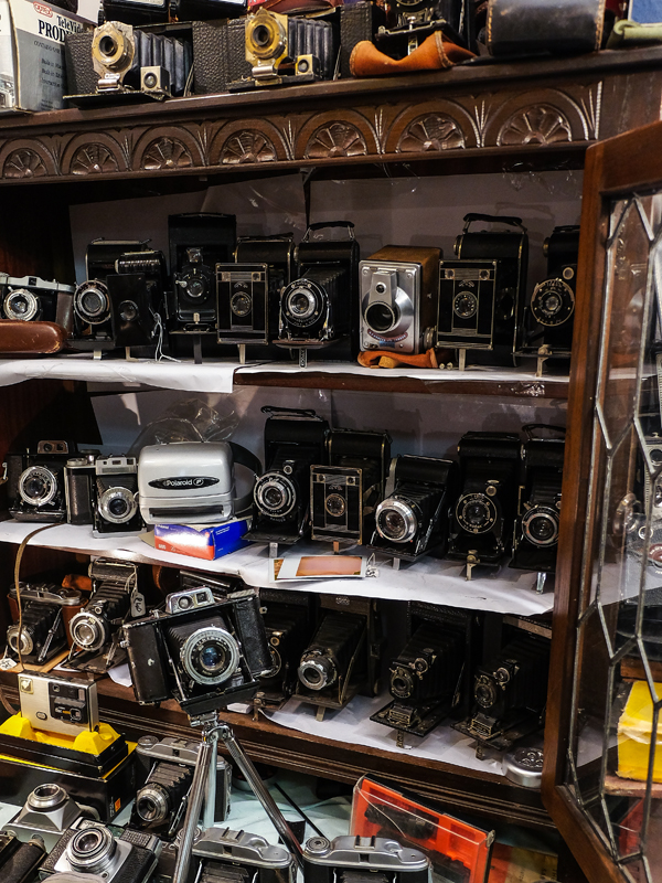 Vintage cameras at the Brick Lane market | Hello Victoria